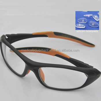 New radiation protection lead glasses with silicon nosepads MSLLG05