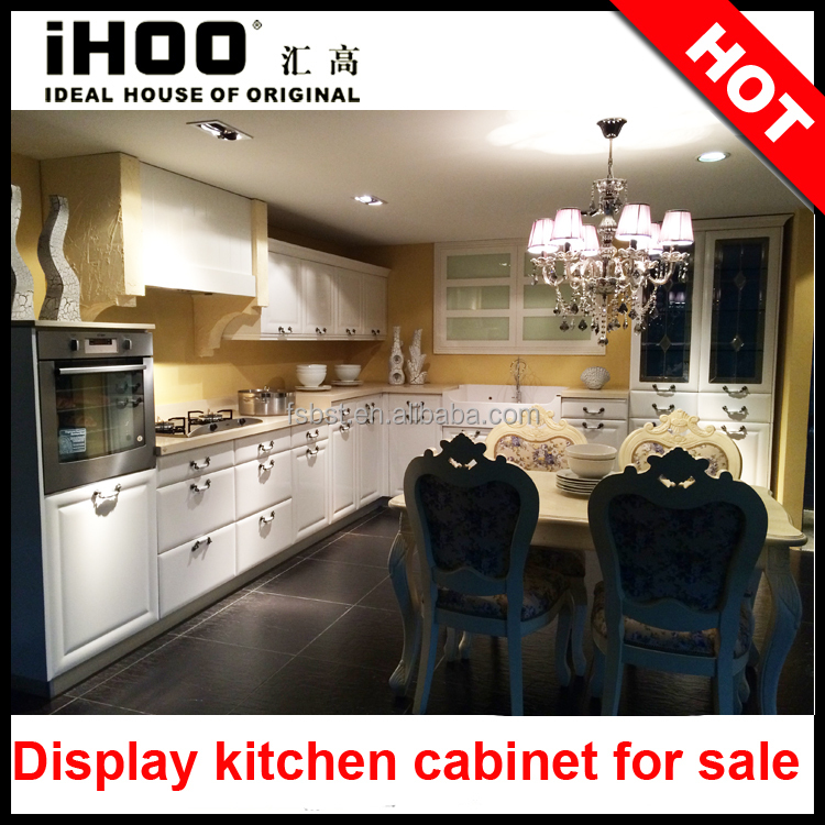 Kitchen Cabinets For Sale: Showroom Display Kitchen Cabinet For Sale Blum Hardware