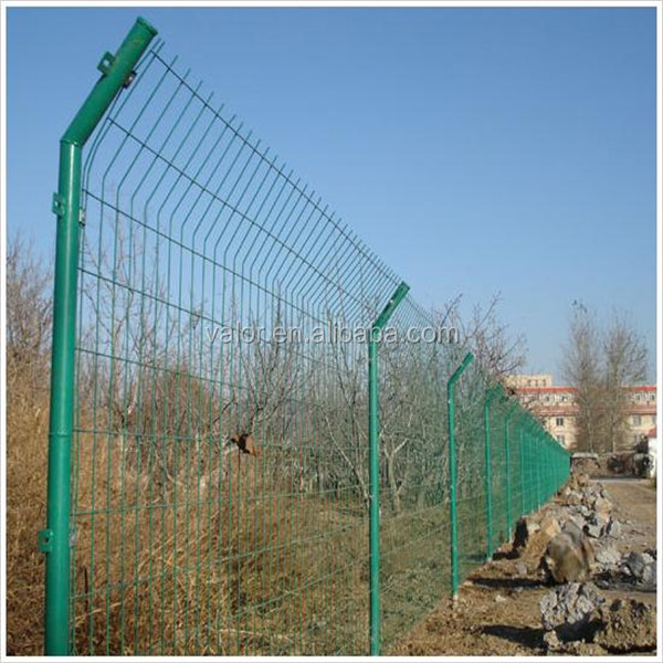 Cheap Pool Fence Ideas how lattice is used to beautify decks fences gazebos Welded Wire Mesh Cheap Pool Fence Ideas 15m Length Buy Wire Mesh Fencemesh Fencewelded Wire Mesh Fence Product On Alibabacom