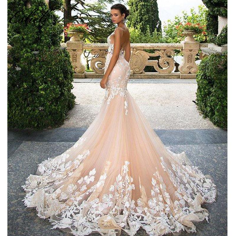 Grossiste robe de marié ivoire brodée encolure-
