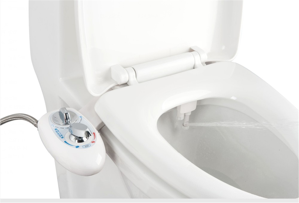 Water Saving Dual Cleaning Nozzle Portable Bidet Toilet Attachment for Sale