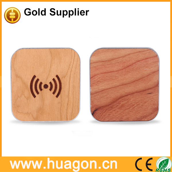 Bamboo wood hot selling high level Qi wireless charger pad
