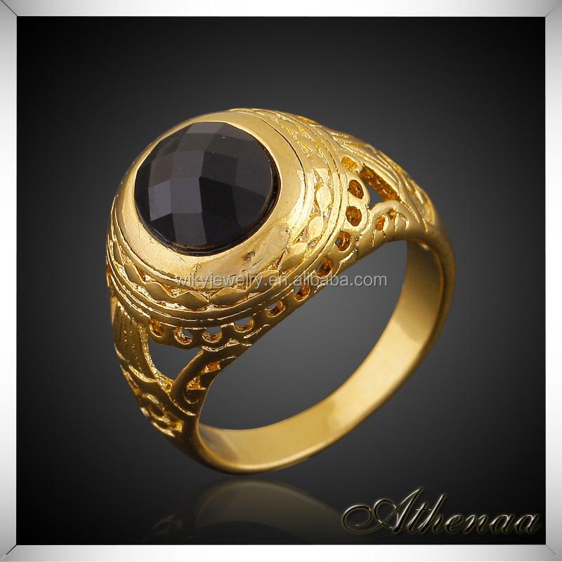 Anillo de oro con piedra negra para hombre