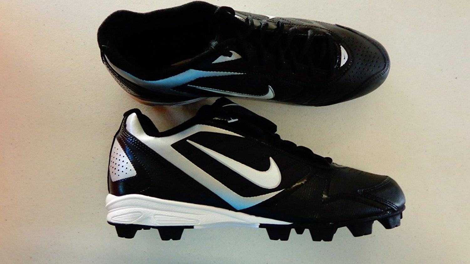 huge selection of c2659 d5f1a Get Quotations · New Nike Keystone Low 375560 Size Mens 10.5 Baseball  Cleats Black White