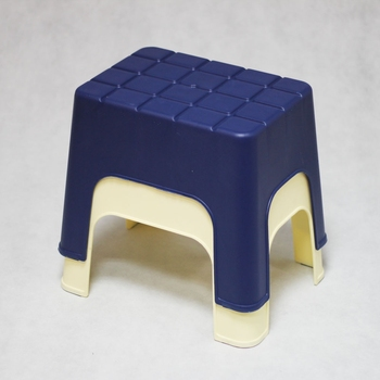 Plastic Stackable Stool PP Small Plastic Chairs