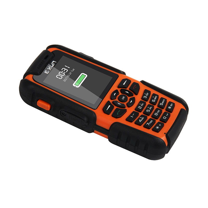2.0 Inch Best Price IP67 Waterproof SOS Phone Cheap Feature Mobile Rugged Phone фото