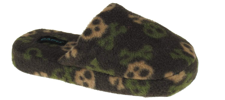Capelli New York Simple Camo Skulls Printed Fleece Scuff Boys Indoor Slippers