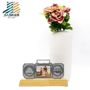 China factory customize silver tourist souvenir plates stand