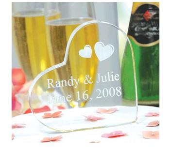 Acrylic Heart Shape Crystal Birthday Gifts Customized Laser Engraved Block
