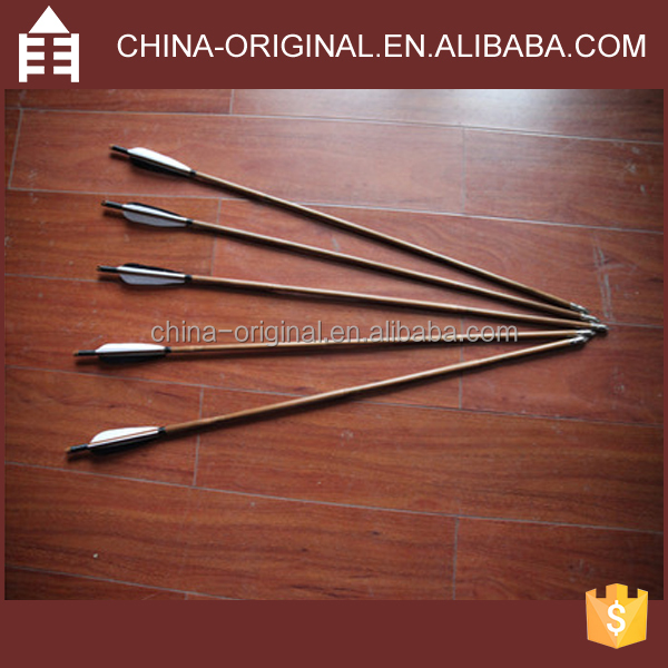 Outdoors Bamboo Arrows with Steel Point and Feather Vanes
