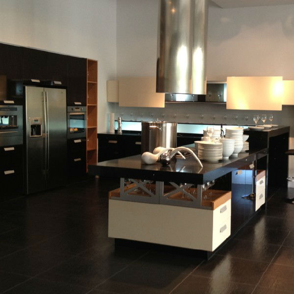 Color Combination Kitchen Cabinet,Sliding Door Kitchen Cabinet ...
