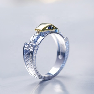 High Quality Silver Plated Snake Shaped Finger Rings Blue Gemstone Eye Round Over Animal Snake Design Ring