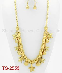 New Coming Unique Design Golden Jewellry Sets For Female and For Wedding