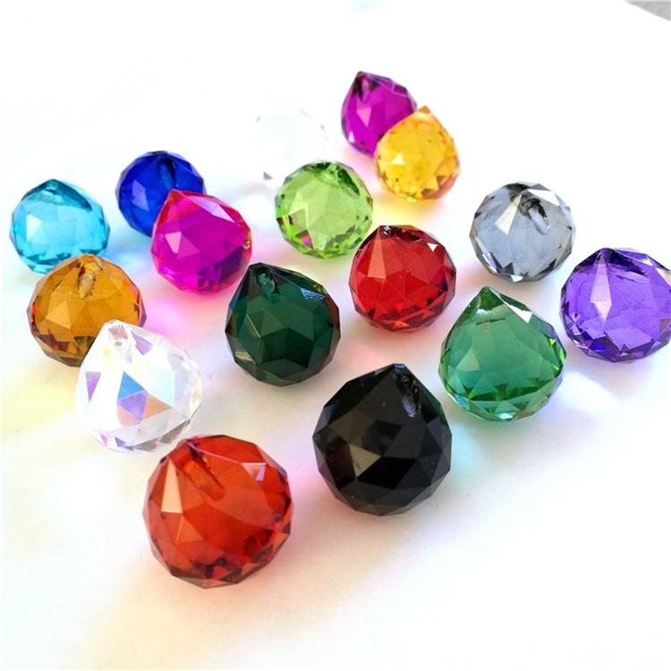 En gros K9 cristal 15mm 20mm 30mm 40mm 50mm 60mm 70mm 80mm 100mm pièces de lustre en verre boules facettes prisme boules pour la décoration