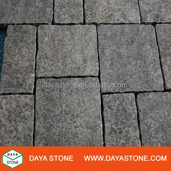 Grey Blue Limestone Pavers in Antique Finish with Chipped Edges