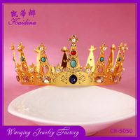 Impreesive-looking Gold Plating Rhinestone Crown for Wedding Invitations