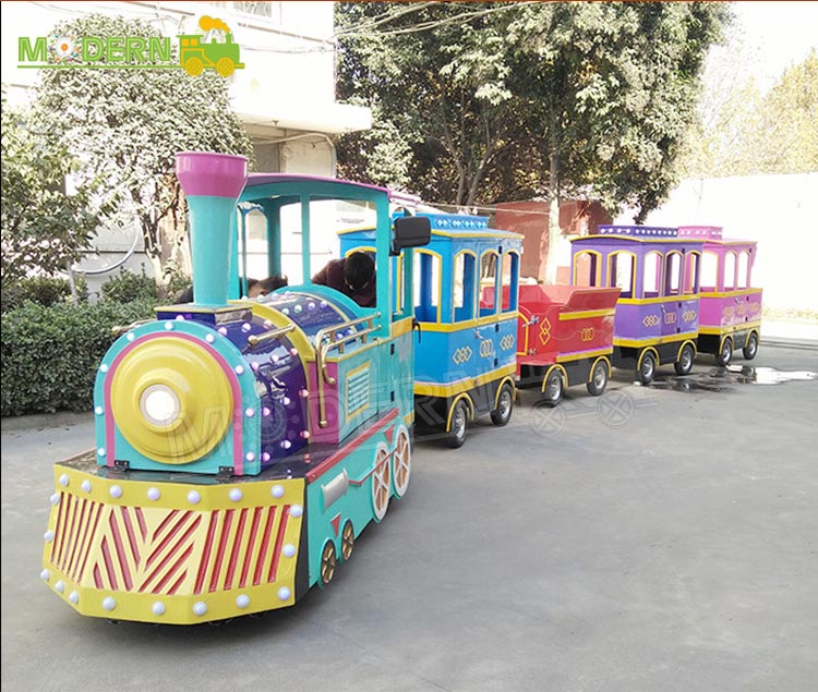New style theme park rides sightseeing electric trackless train