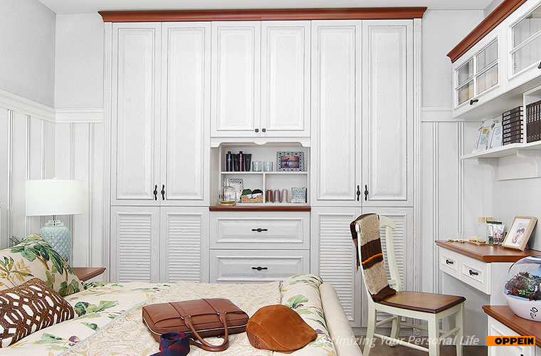 Wardrobe Cabinet Bedroom Furniture White Thermofoil Hinged Built in Wardrobe