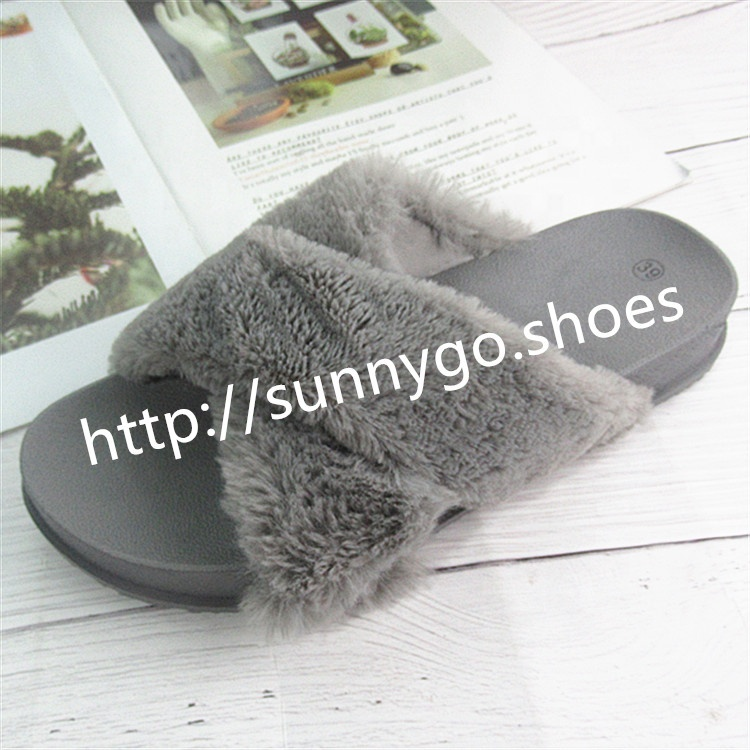 lastest design Cross strap lady slippers  plastic soft artificial fur keep warm  women shoes