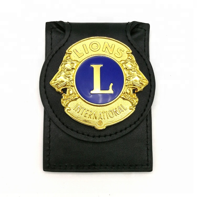 2018 Soft Pvc Materiel Bag Buckle With Gold Lion <strong>Metal</strong> For Customize