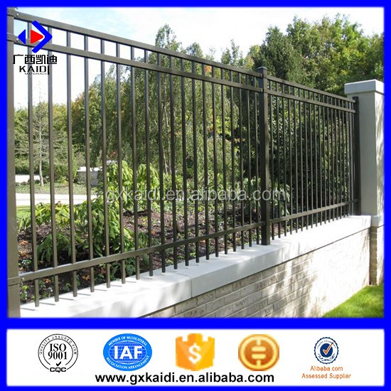 2017 new designs customized Powder coated galvanized steel fencing ornament for home
