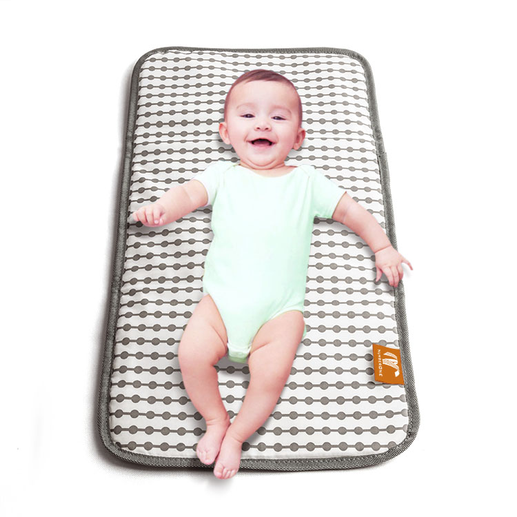 Easy carry infant diaper changing station waterproof changing pad baby