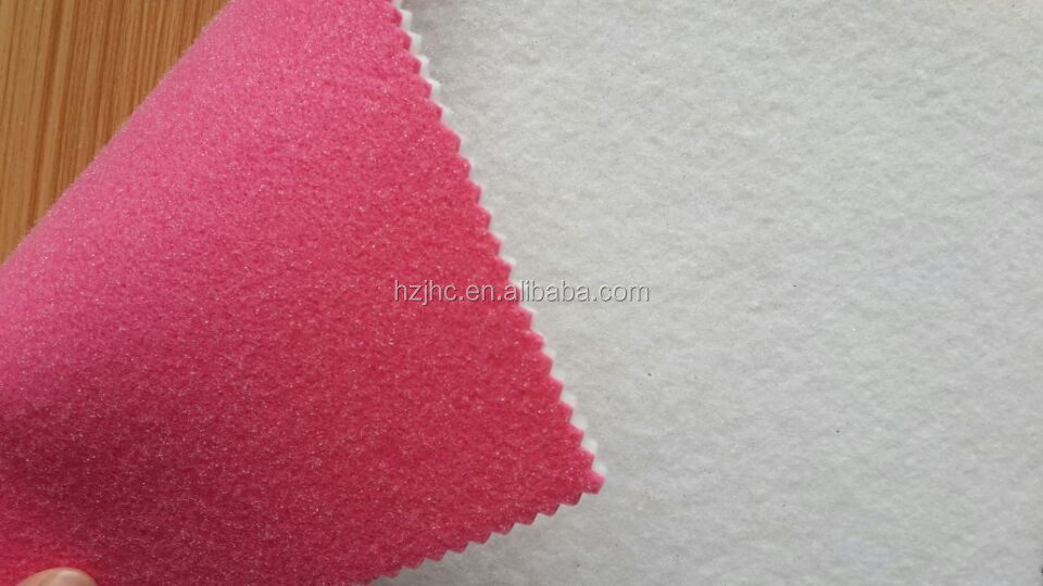 Needle punched rubber backed nonwoven polyester felt placemats