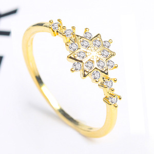 Delicate Engagement 14 K Women Gold Plated Snowflake Diamond Cubic Zirconia Eternity Ring