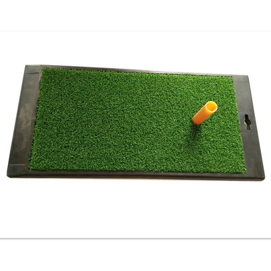 Tapete verde do Putting do golfe com tapete artificial do T de golfe da grama