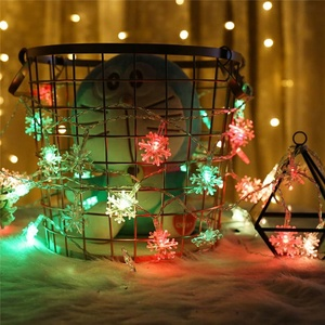 Outdoor Christmas Party Color Changing Light String 10m 100leds Mini Snowflake LED Battery Operated String Lights