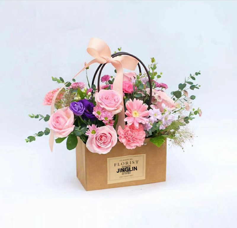 букеты цветов фото в декоративных сумках серьги натуральными