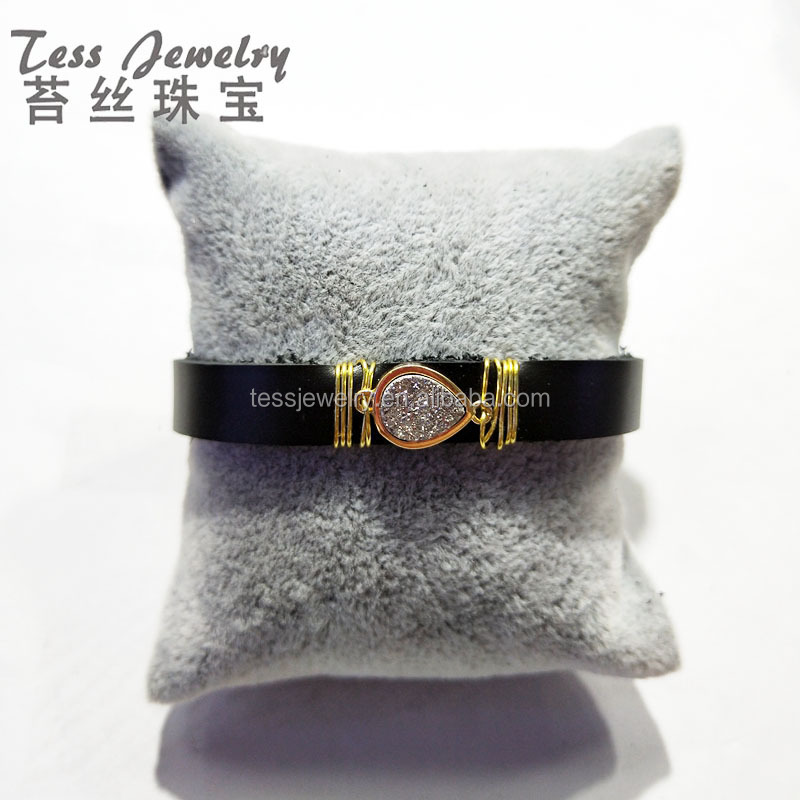 Latest design bulk druzy leather bangle pretty leathers jewelry with silver drusy stones from China suppliers