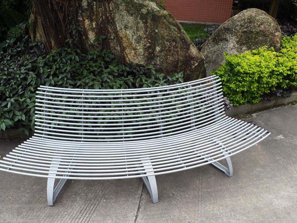 Cheap Wholesale Galvanized Steel With Cast Aluminum Legs