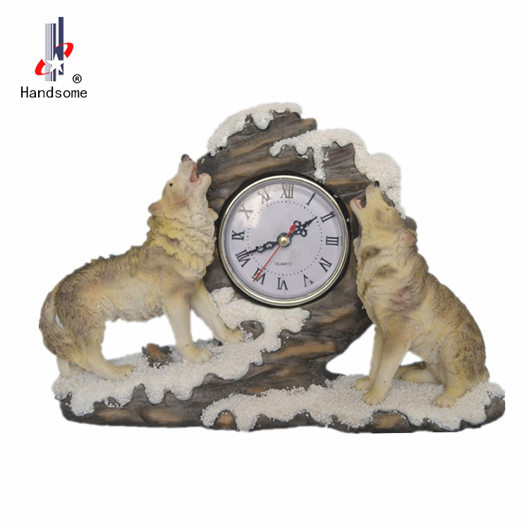 resin figurine animal wolf table clock
