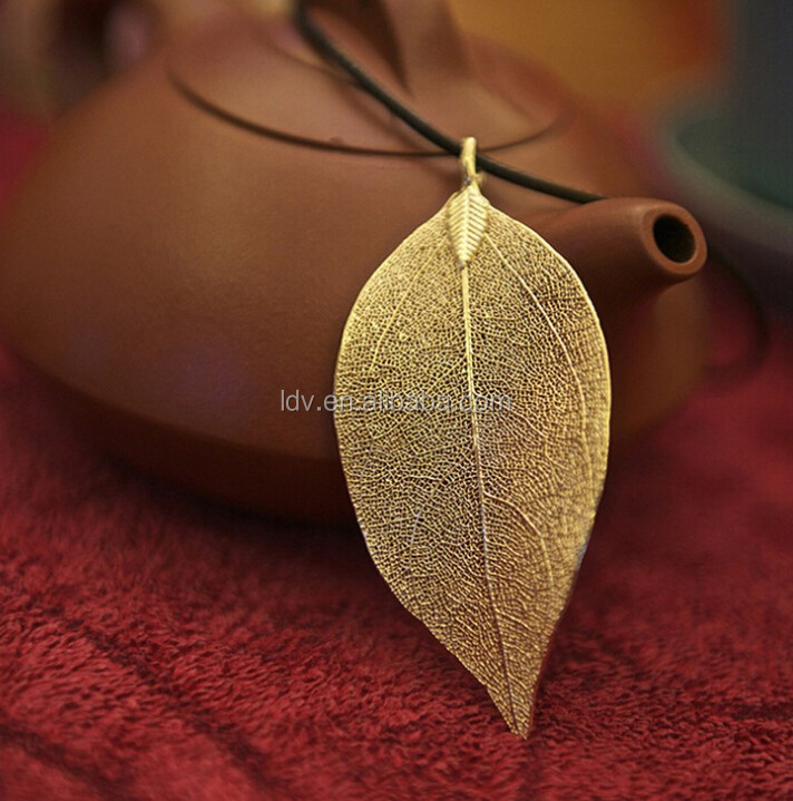 24K Gold plated Unique Nature Leaf pendant