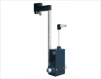 Goldman applanation tonometer