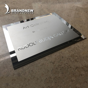 OEM fabricated 2mm stainless steel table sign company name metal plate logo