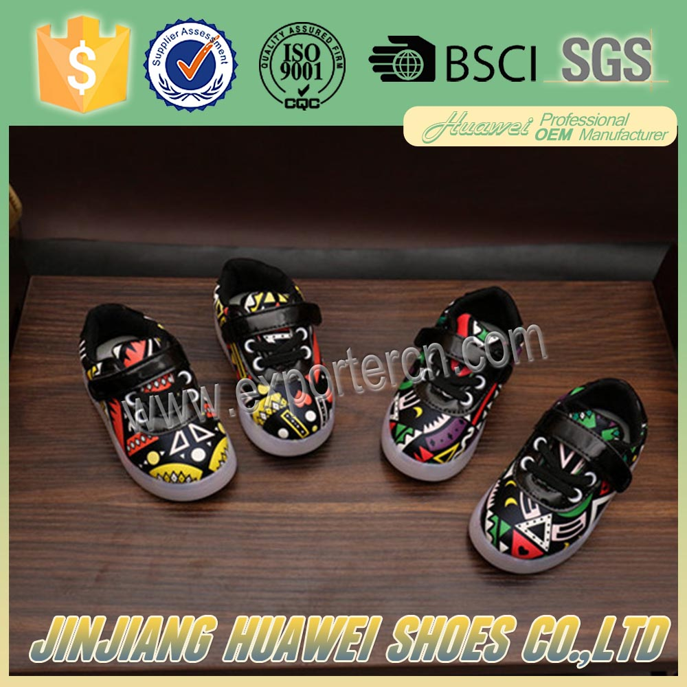 2016 Christmas Children Led Shoes With Colorful Painting Pattern