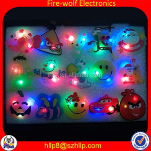 Sole U.S. Fire-wolf factory price gift on sale event supplies star shape magnetic button led flashing pin