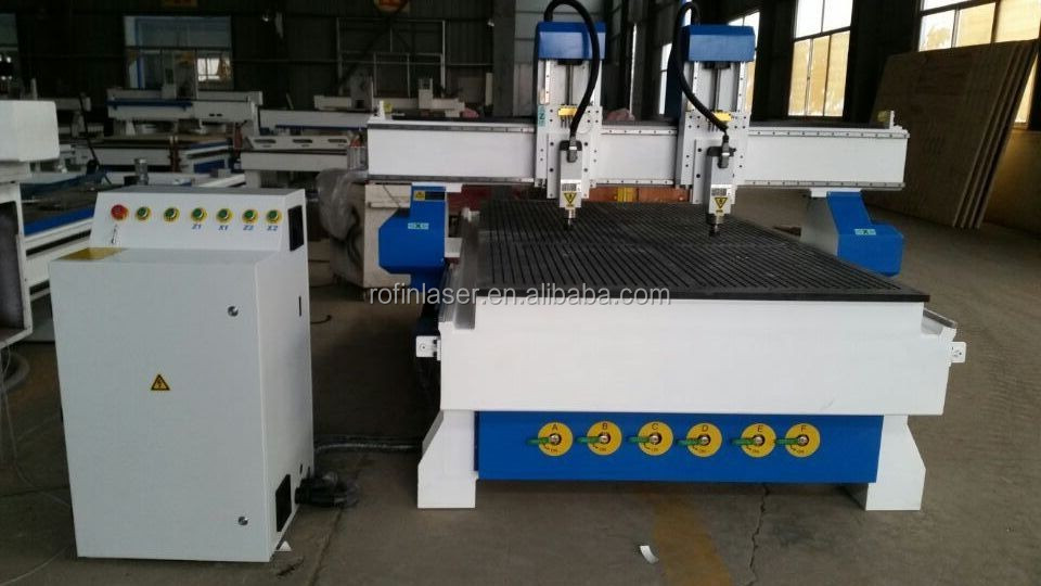 China 1300*2500mm two heads cnc router for wood industry
