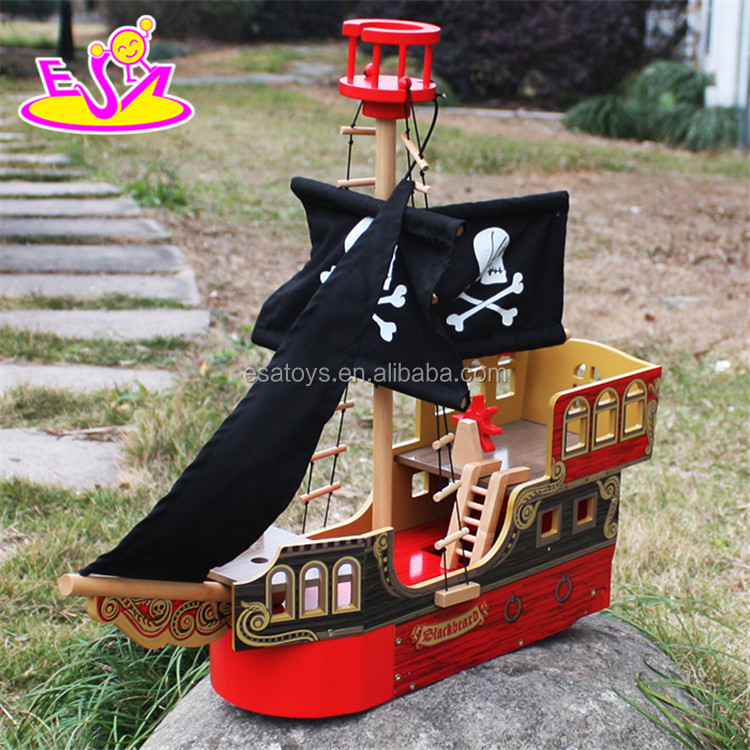 2017 New best children imagine shark bite pirate ship wooden toy boat for sale W03B060-S