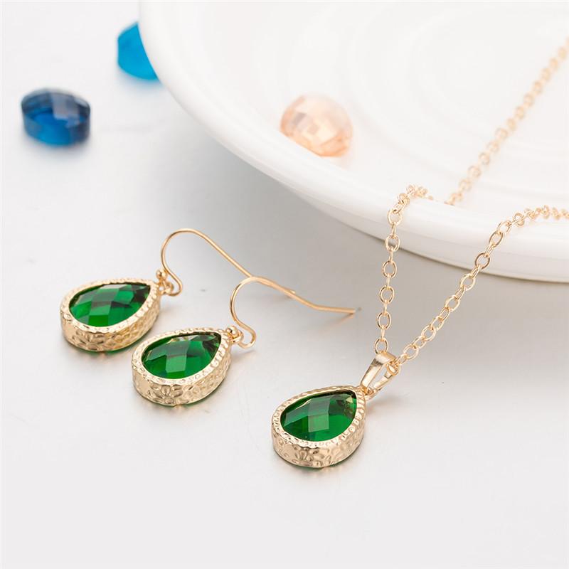 Resultado de imagen para ouro verde joias jewelry