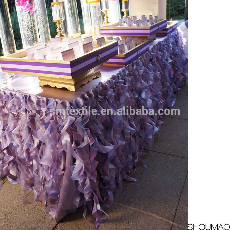 Hot Selling Elegant Silk Ruffled Square Wedding tablecloth