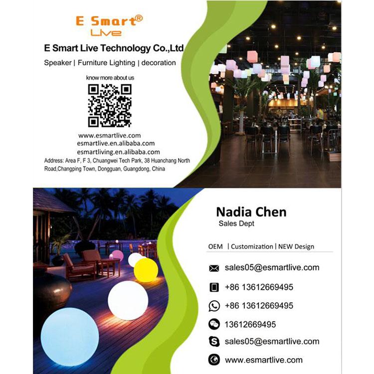 A buon mercato ha condotto mobili da giardino/LED gonfiabile divano per esterni/LED mobili divano