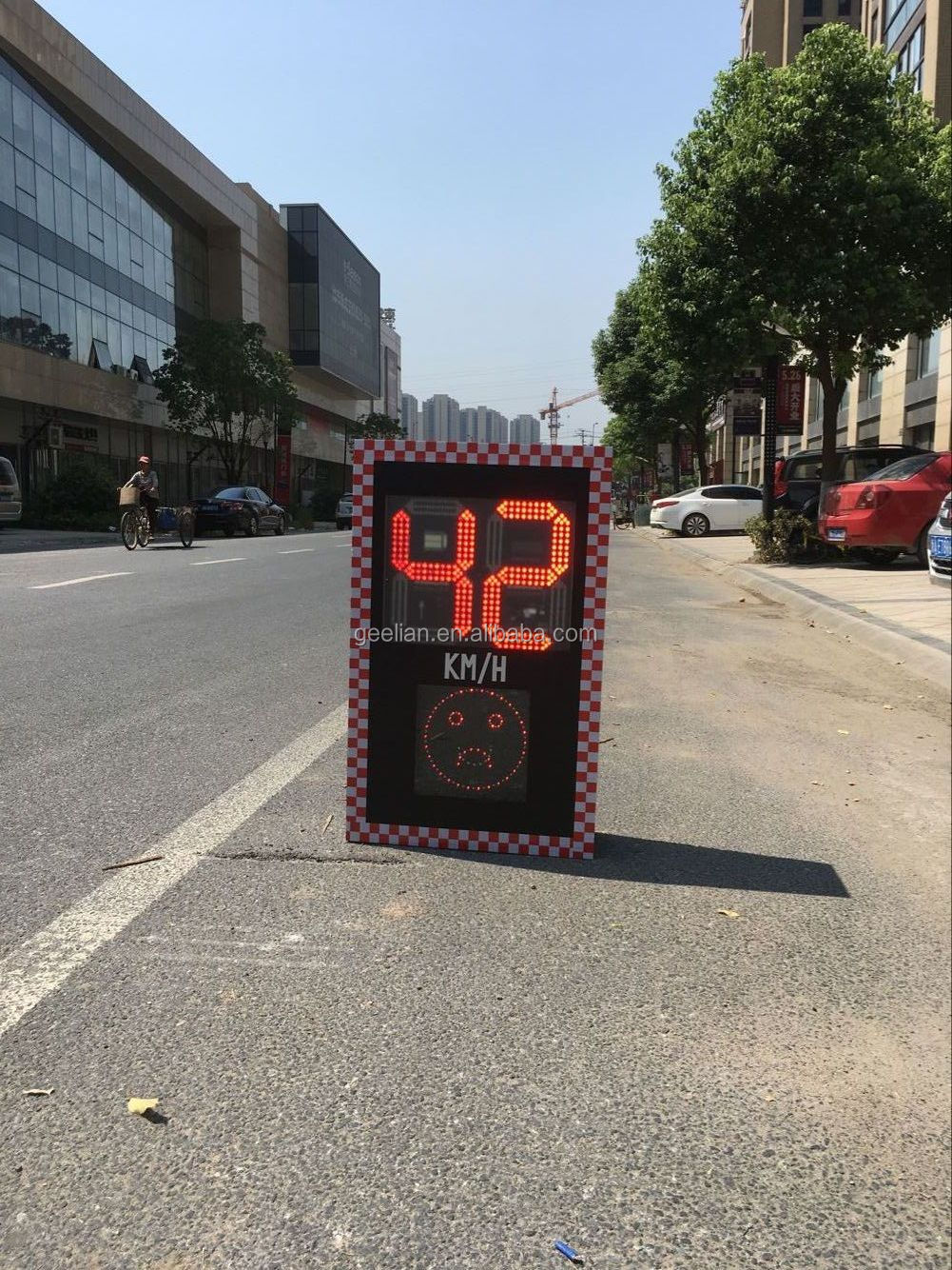 US Custom wholesale Camara LED road work curve warning safety traffic sign solar radar speed limited road signs