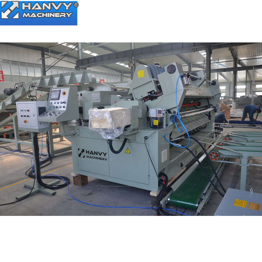 Fineer peeling machine
