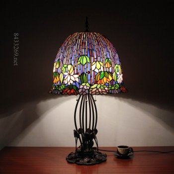 18inch wide gorgeous lotus flower tiffany style table lamp with stained glass