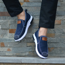 Custom lightweight high-quality products italian running sneakers casual shoes