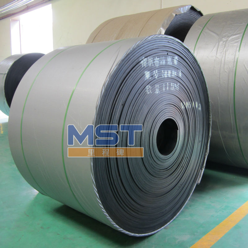fastener conveyor belt