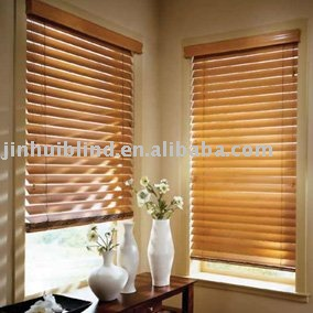 wood color window blind